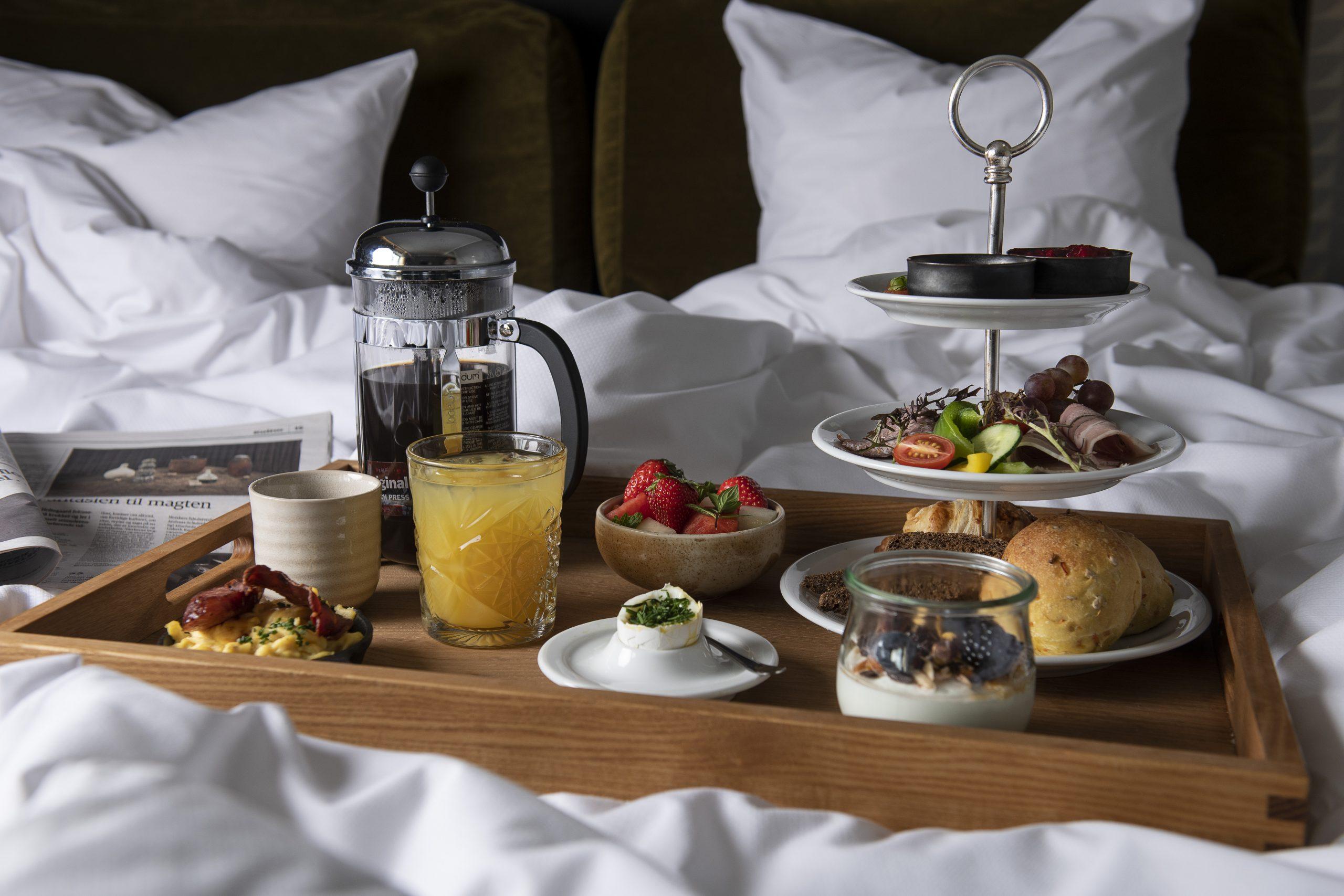 Morgenmad på værelse. Scheelsminde. Foto: © Michael Bo Rasmussen / Baghuset. Dato: 17.09.20